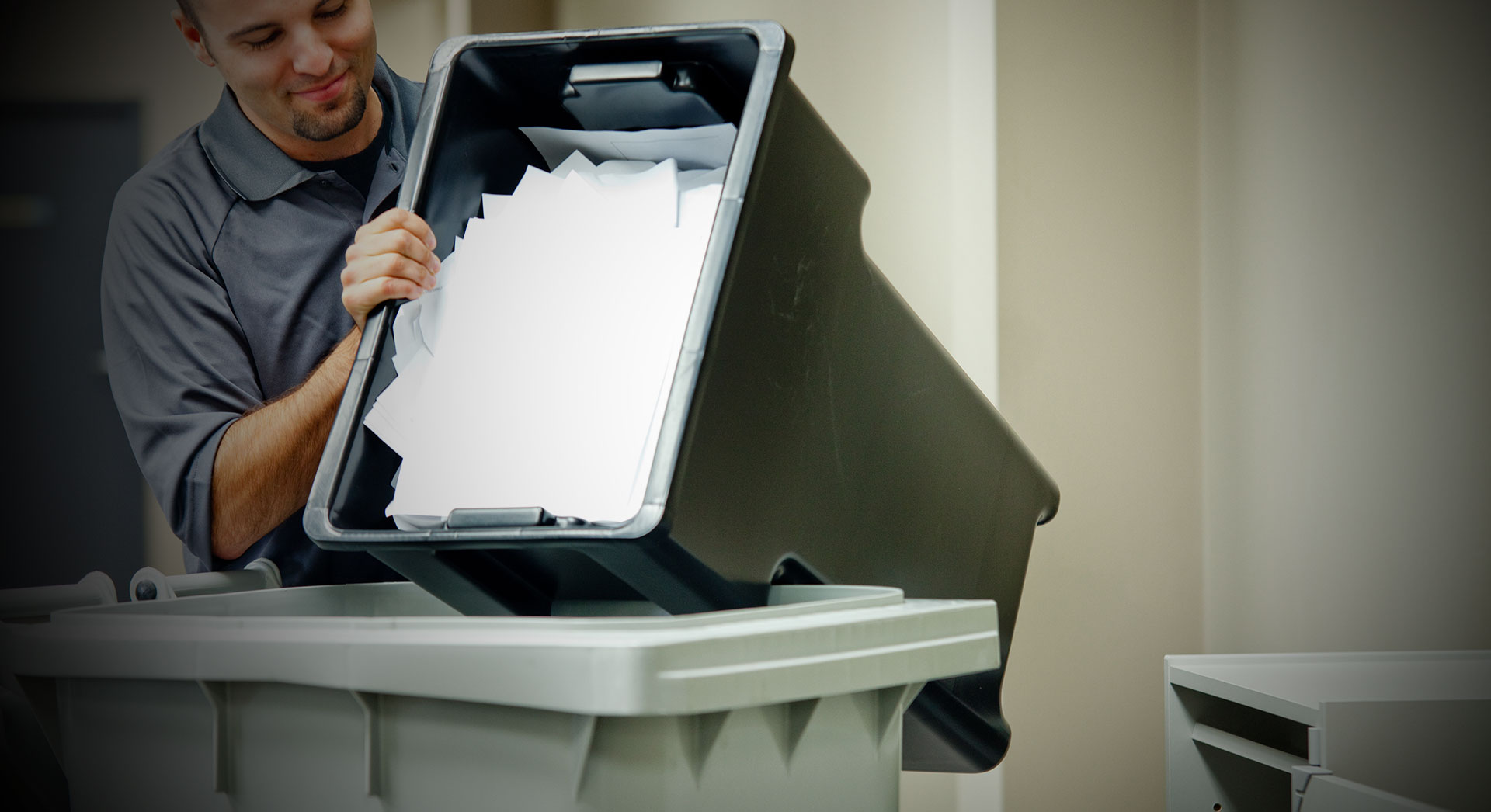 paper shredding business We provide cost-effective mobile, al paper shredding for any size business whether you have one employee or thousands, secure on site shredding services will ensure all of your sensitive data is destroyed without a trace before it leaves your sight.